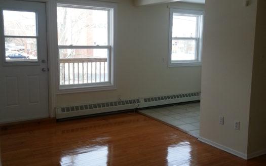 92 Evans Avenue - 1BDRM (Olympus Properties)